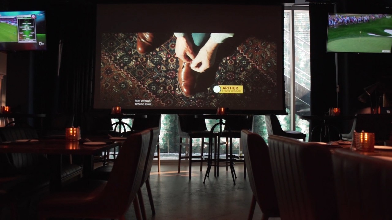 13 Coins Seattle: A Restaurant That Can Scale Up Its Screens Easily